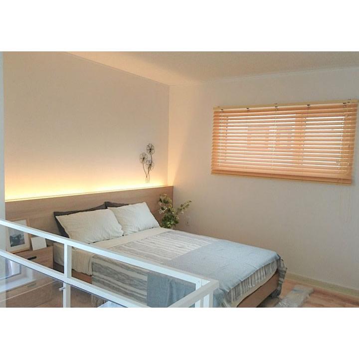 オープンな寝室スペース