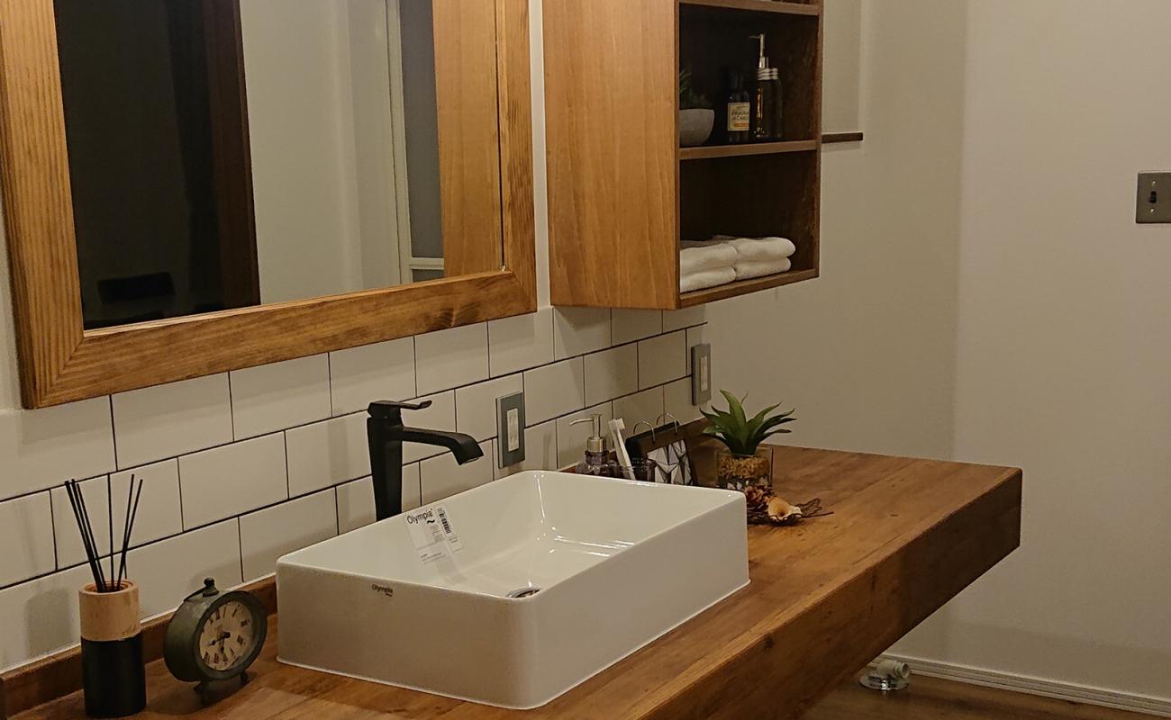 洗面台も造作だとここまでおしゃれに!